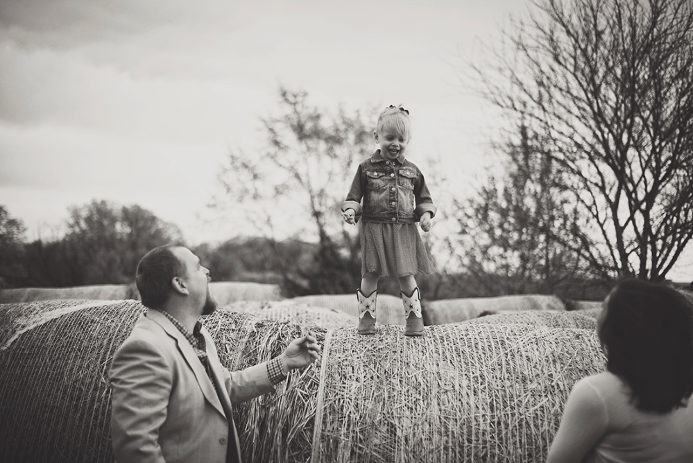 Michelle and Dustin - {Family Shoot} by Lacy Marie Photography in Omaha NE. www.lacymariephotography.com