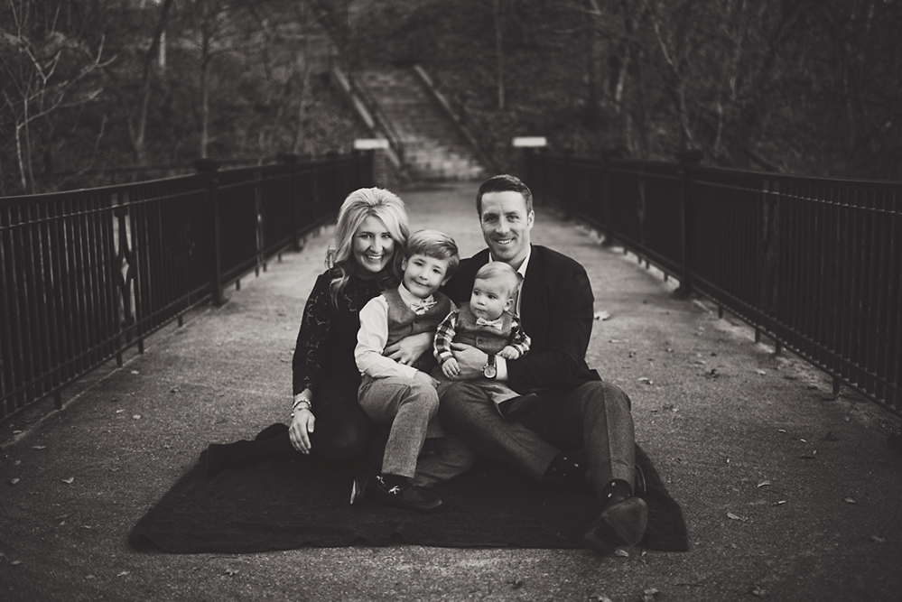 Family Photo Shoot with Lacy Marie Photography in Omaha NE. www.lacymariephotography.com